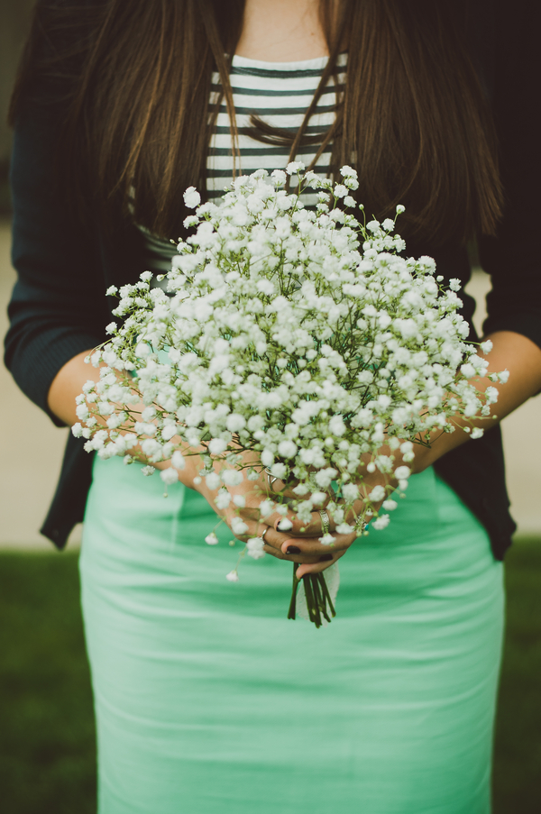 Mountain Wedding, bridesmaid outfit, baby's breath bouquet