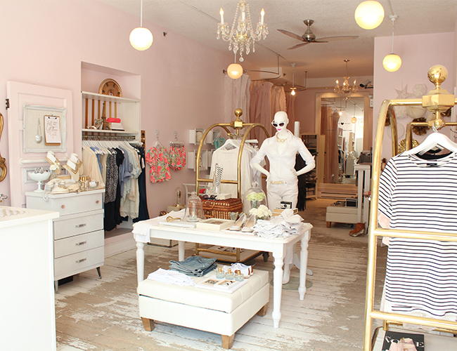 Canadian hotspot blush shop inspired by this for Retail store setup ideas