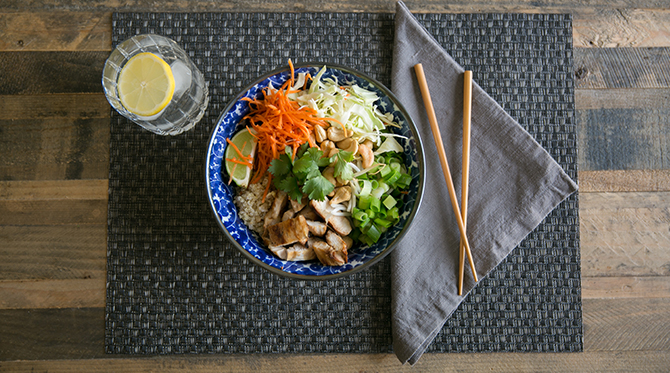 Quinoa and Sesame Chicken Bowl - Food Blog