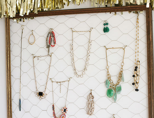 DIY Jewelry Organizer Inspired by This Style Blog