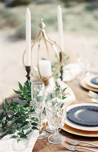 Navy and Gold Desert Wedding Inspiration