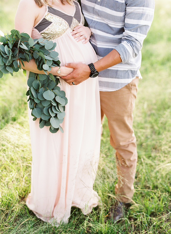 Gender Neutral Maternity Photos