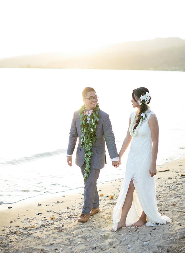 ... Hawaiian Beach Wedding ...