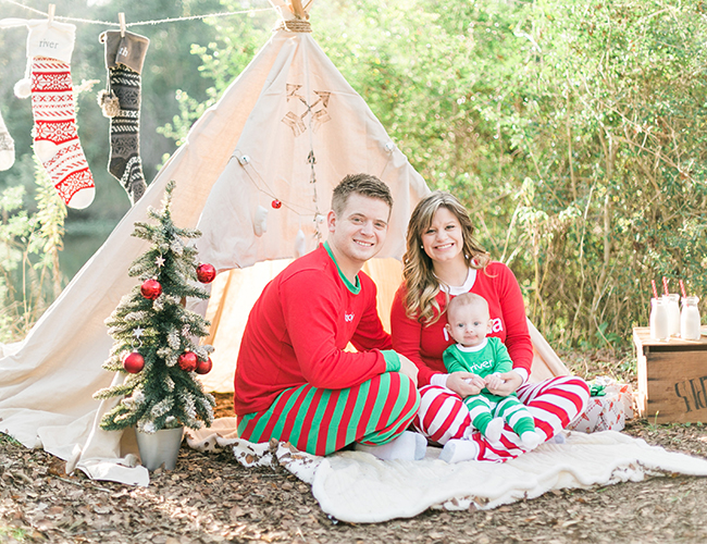 Christmas Pajamas Photoshoot.Red Green Teepee Christmas Family Photos Inspired By This