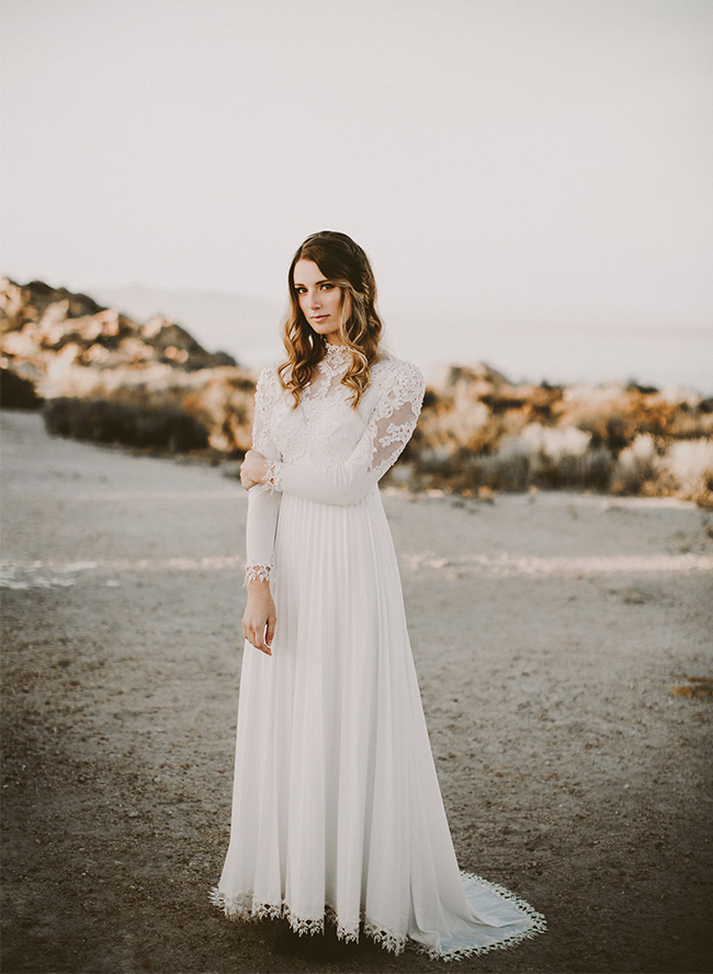 Vintage Lakeside Elopement - Inspired by This