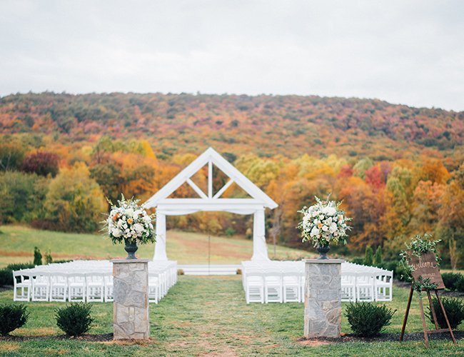572a598895549 ... Classic Navy Wedding at a Maryland Winery - Inspired by This ...