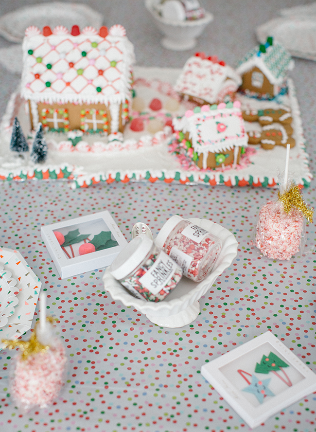 mother daughter holiday cookie decorating party inspired by this - Christmas Cookie Decorating Party