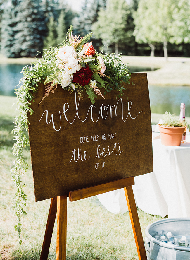 Chic Wedding Signs