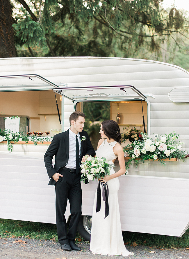 Roses In Garden: Chic Black And White Wedding With Lush Greenery