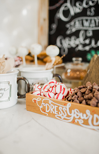 DIY Holiday Hot Chocolate Bar