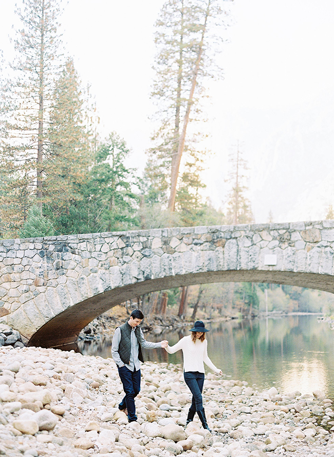 Engagement Photos in Yosemite