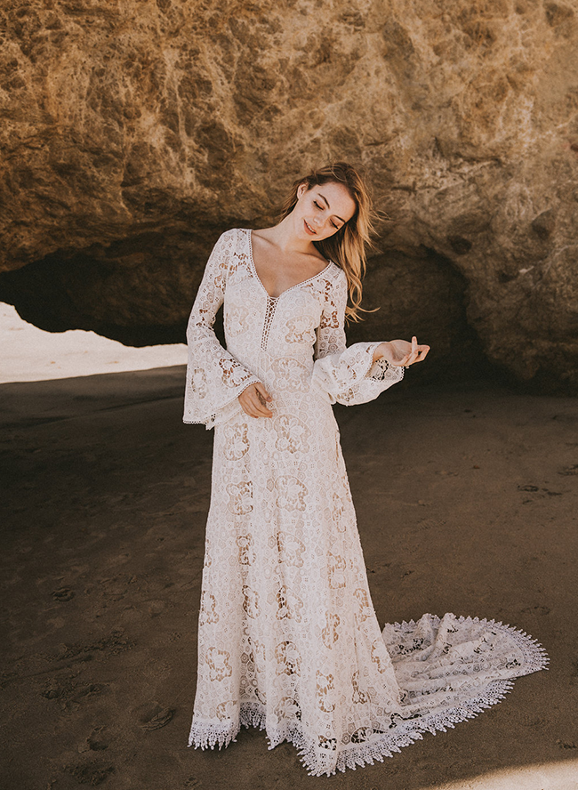 12 Crochet Lace Wedding Dresses For The Bohemian Beauty Inspired