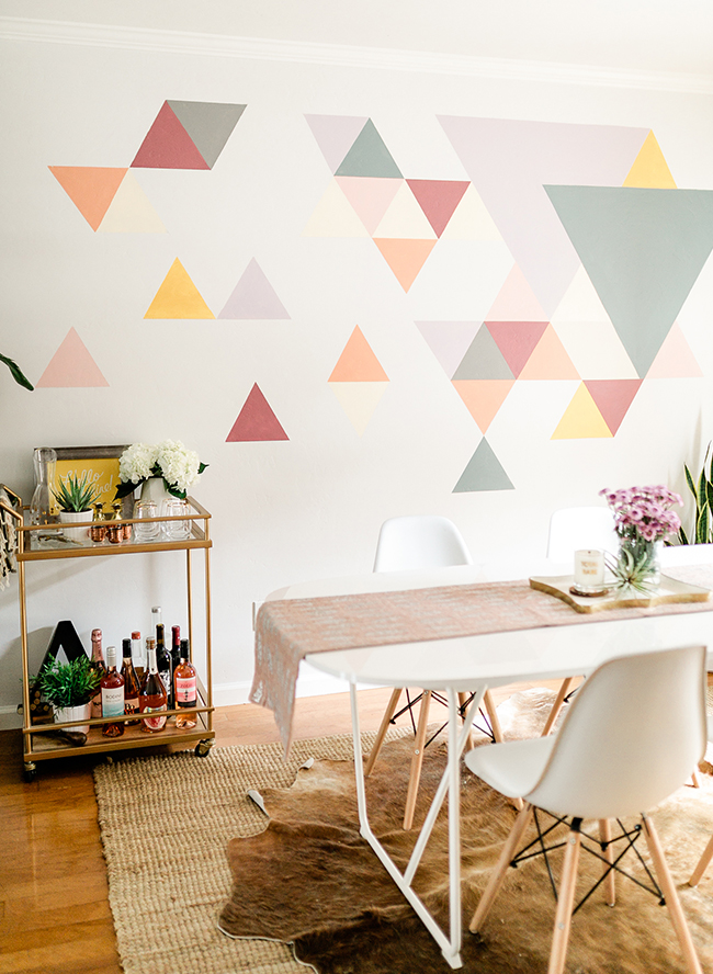 A diy geometric wall mural with behr paint inspired by this - Geometric wall designs with paint ...