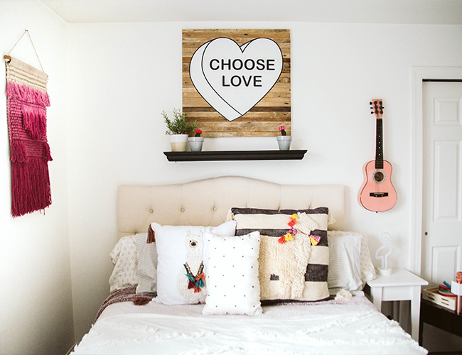 Girl's Dreamy Boho Bedroom