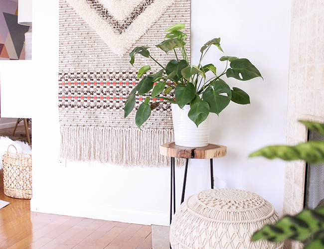 Simple Tips for How to Style Your Entryway