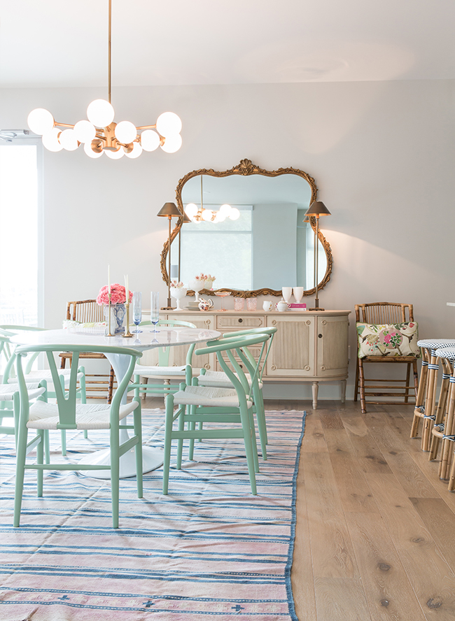 How to Mix & Match Colors and Patterns at Home