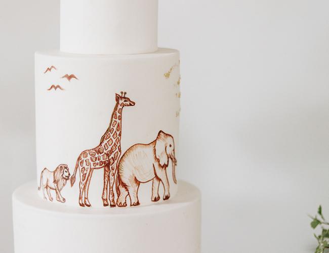 safari themed baby shower, black and white baby shower, baby shower ideas, safari baby shower cake