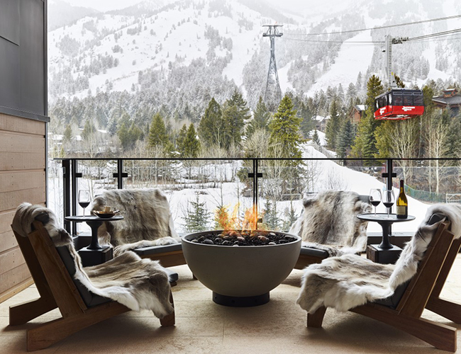 best winter destinations, best winter vacations in us, beautiful snowy places to visit