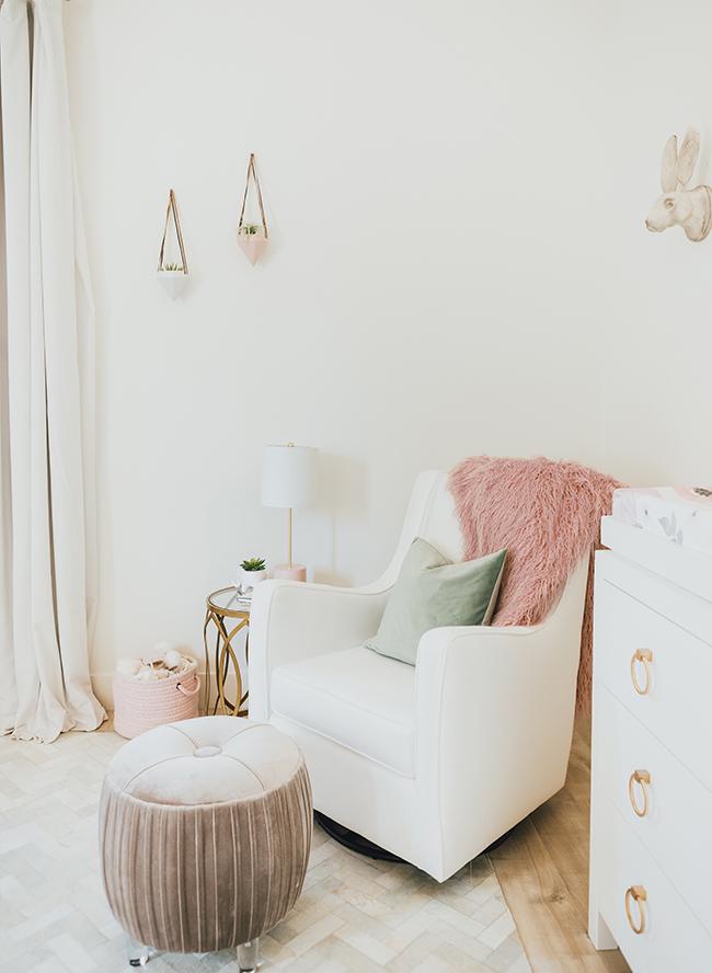 floral wallpaper nursery, Jessi Mallay