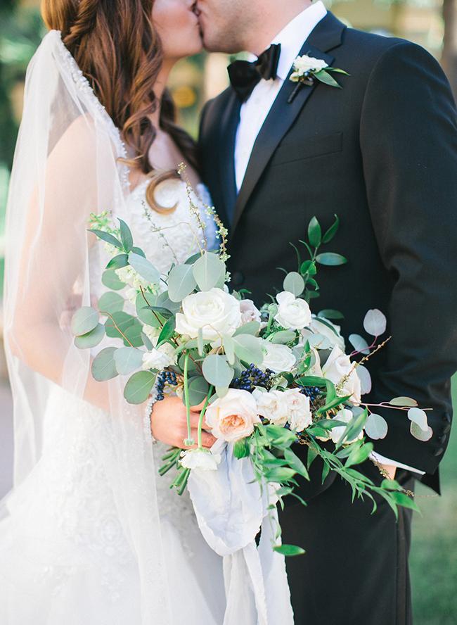 Paradise Valley Country Club Wedding, Spring garden wedding