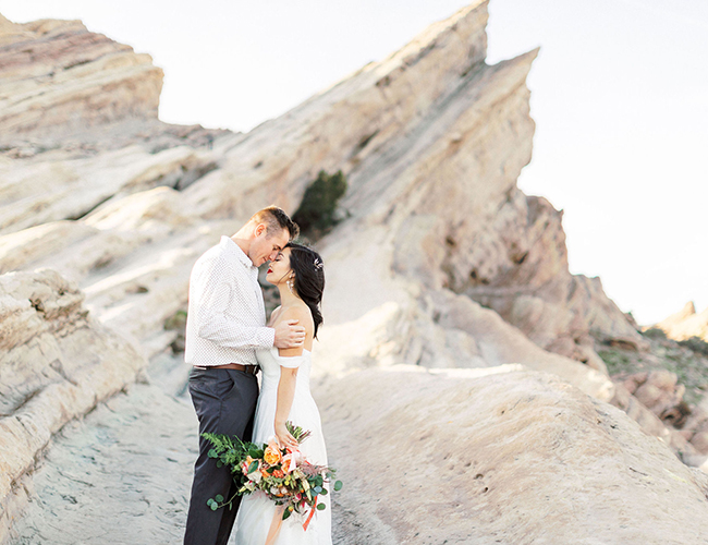 Desert Elopement, Desert Wedding Colors