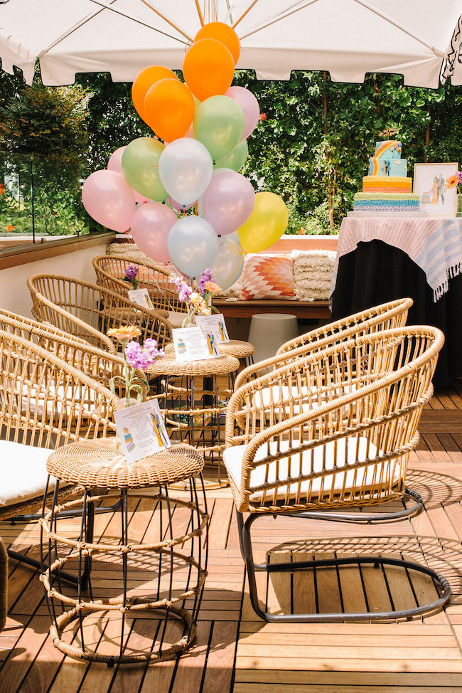 Baby Shower Wicker Chair Decoration  from d259o9es2o749h.cloudfront.net